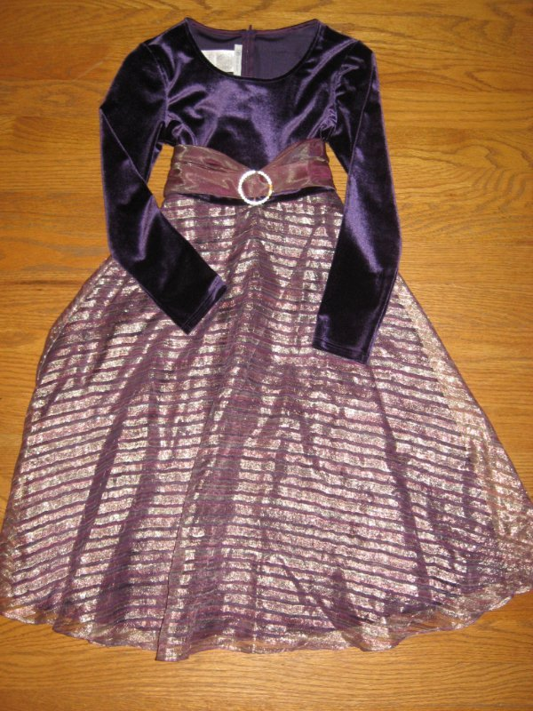 Choice of girls holiday christmas dresses or